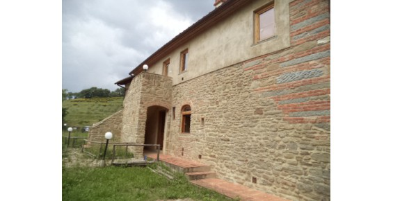 Soluzione Indipendente in affitto a Vicchio, 4 locali, zona Località: santa maria a vezzano, prezzo € 430 | Cambio Casa.it