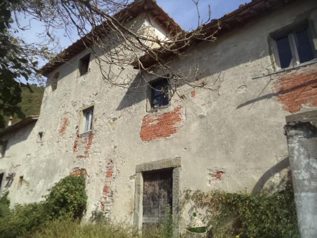 Rustico / Casale in affitto a Vaglia, 5 locali, prezzo € 500   Cambio Casa.it
