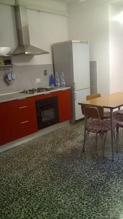 Appartamento in buone condizioni in vendita Rif. 8635906