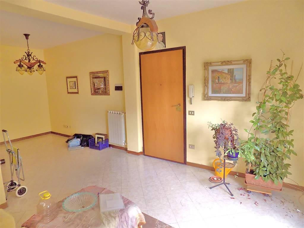 Appartamento in buone condizioni in vendita Rif. 4763608