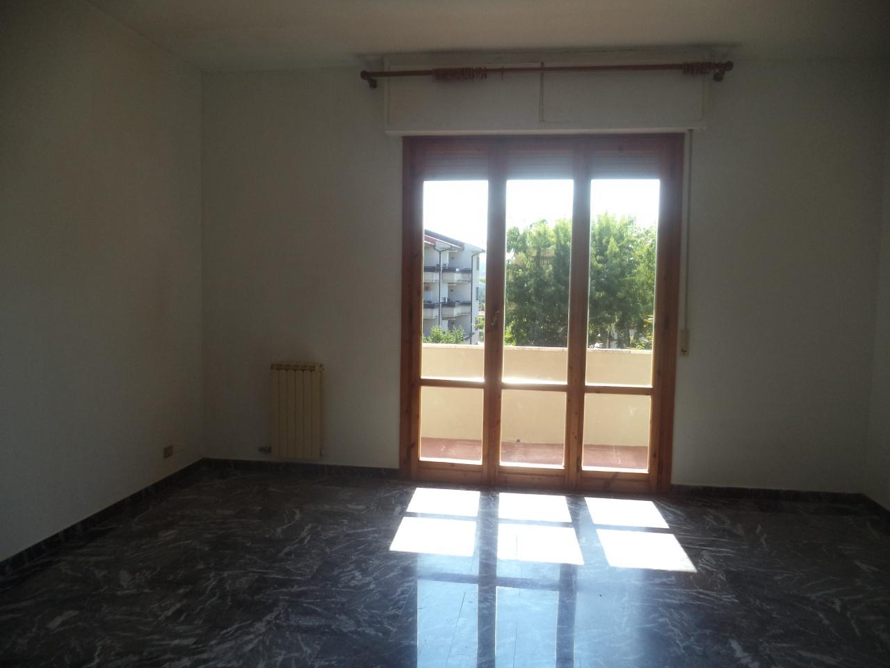 Appartamento in affitto a Vicchio, 4 locali, prezzo € 500 | CambioCasa.it