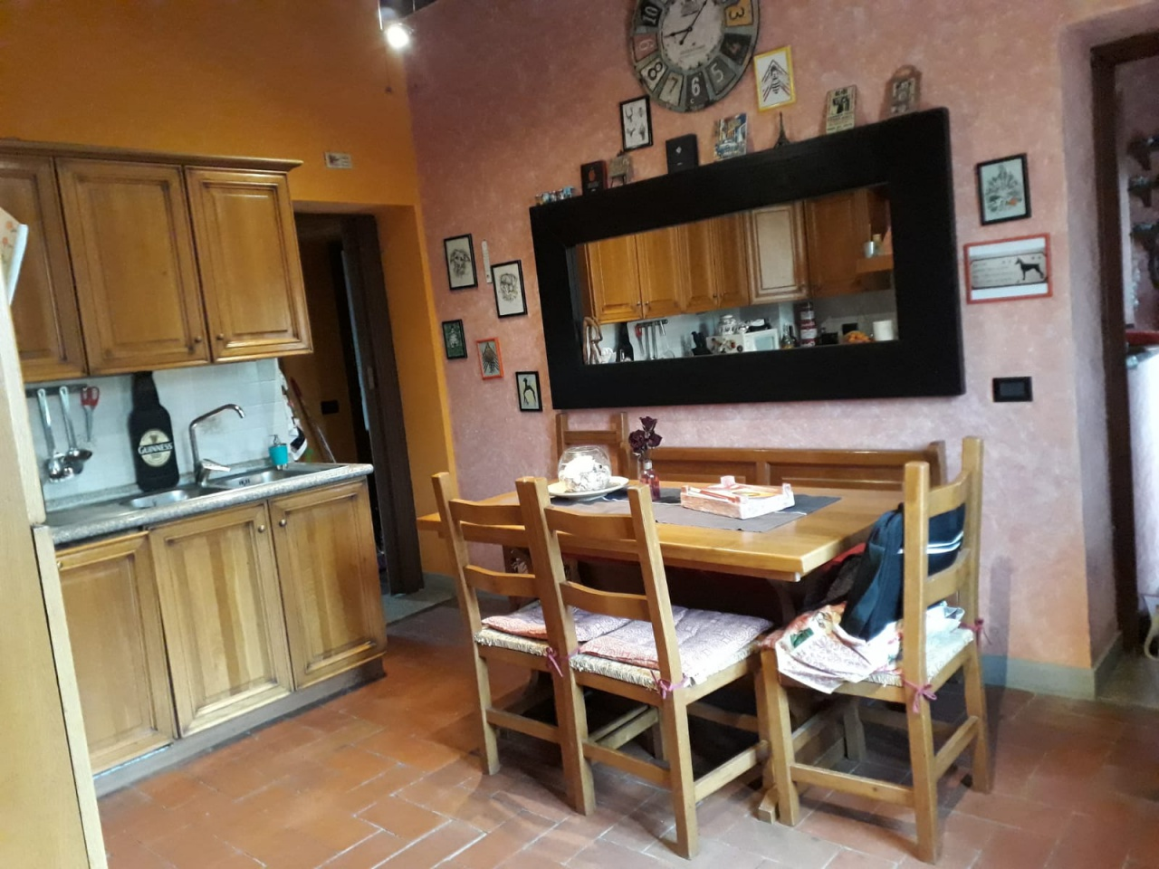 Appartamento in ottime condizioni in vendita Rif. 8076095