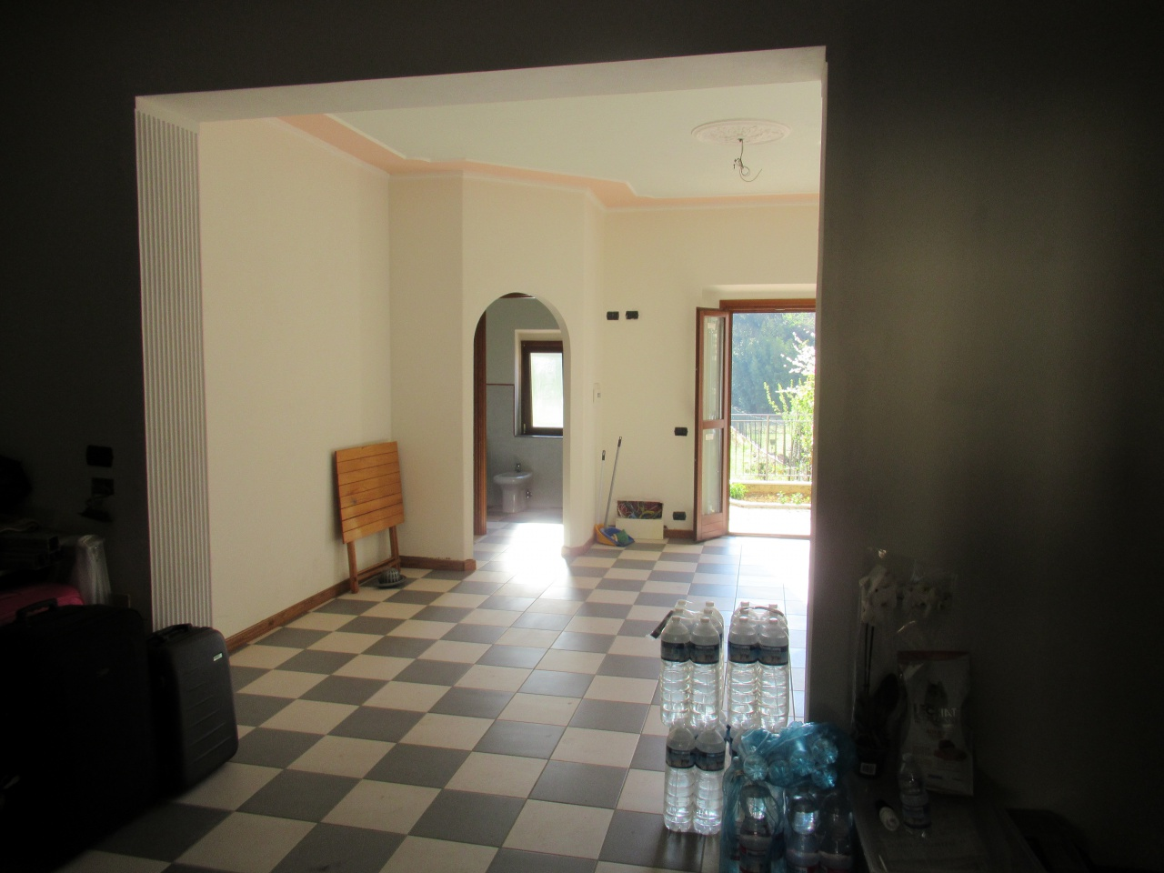 Appartamento in buone condizioni in vendita Rif. 10021349