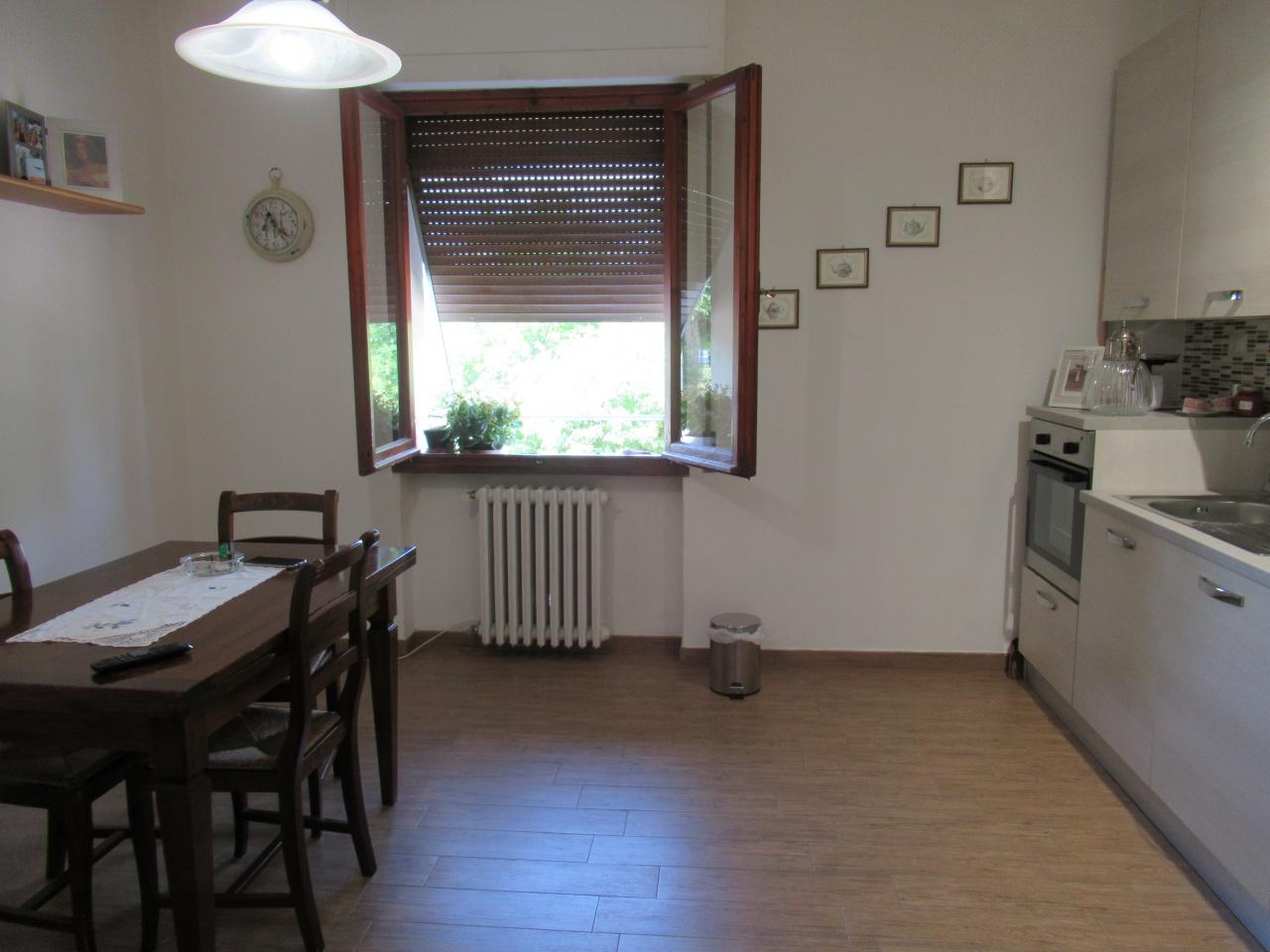 Appartamento ristrutturato in vendita Rif. 10572155