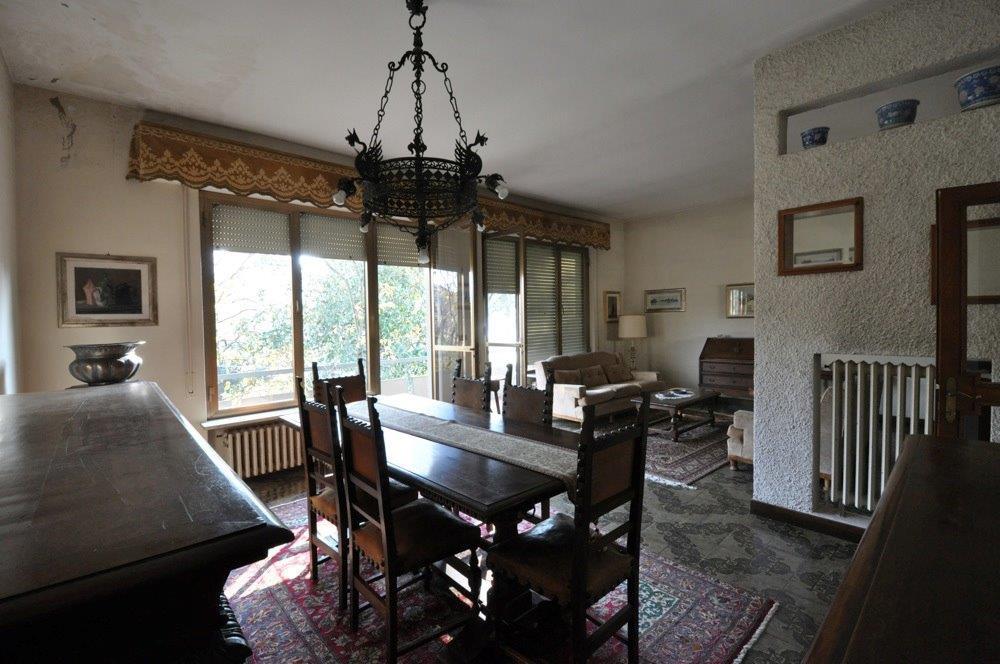 Villa da ristrutturare in vendita Rif. 11155103