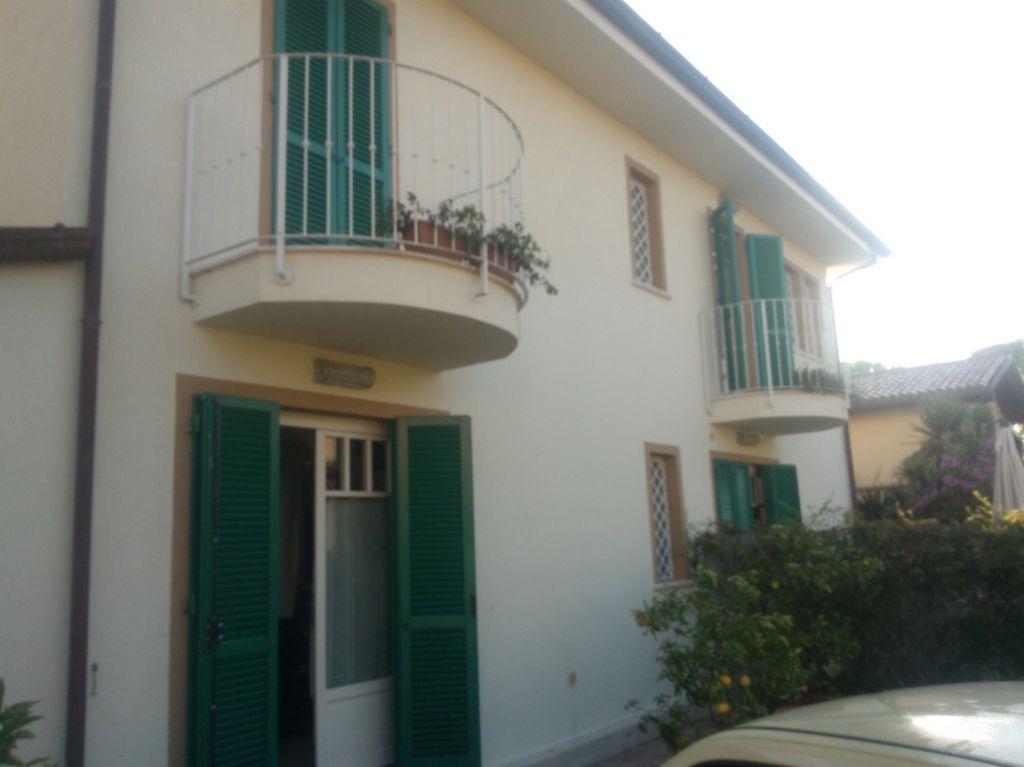 Villa bifamiliare FORTE DEI MARMI 1297-1