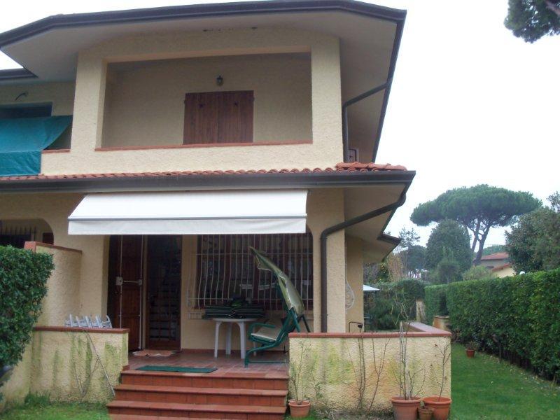 Villa bifamiliare FORTE DEI MARMI 1954