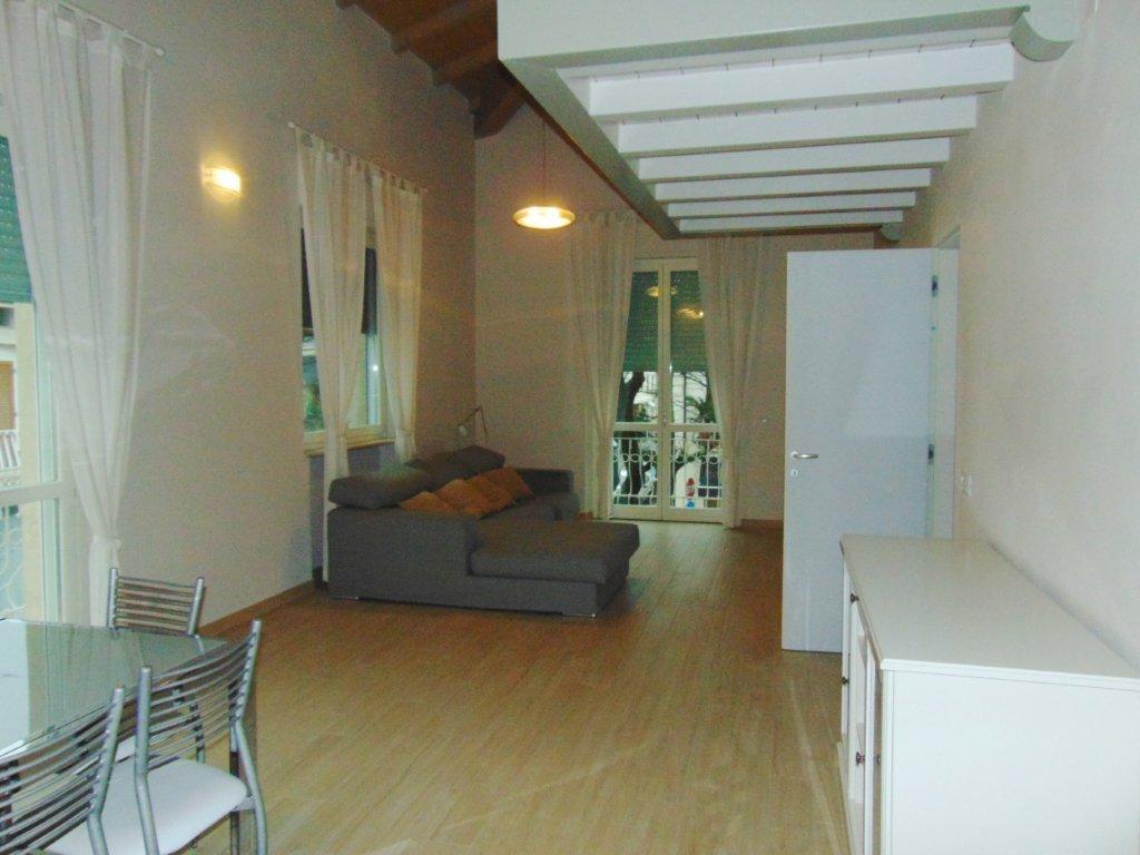 Appartamento arredato in affitto Rif. 5624658