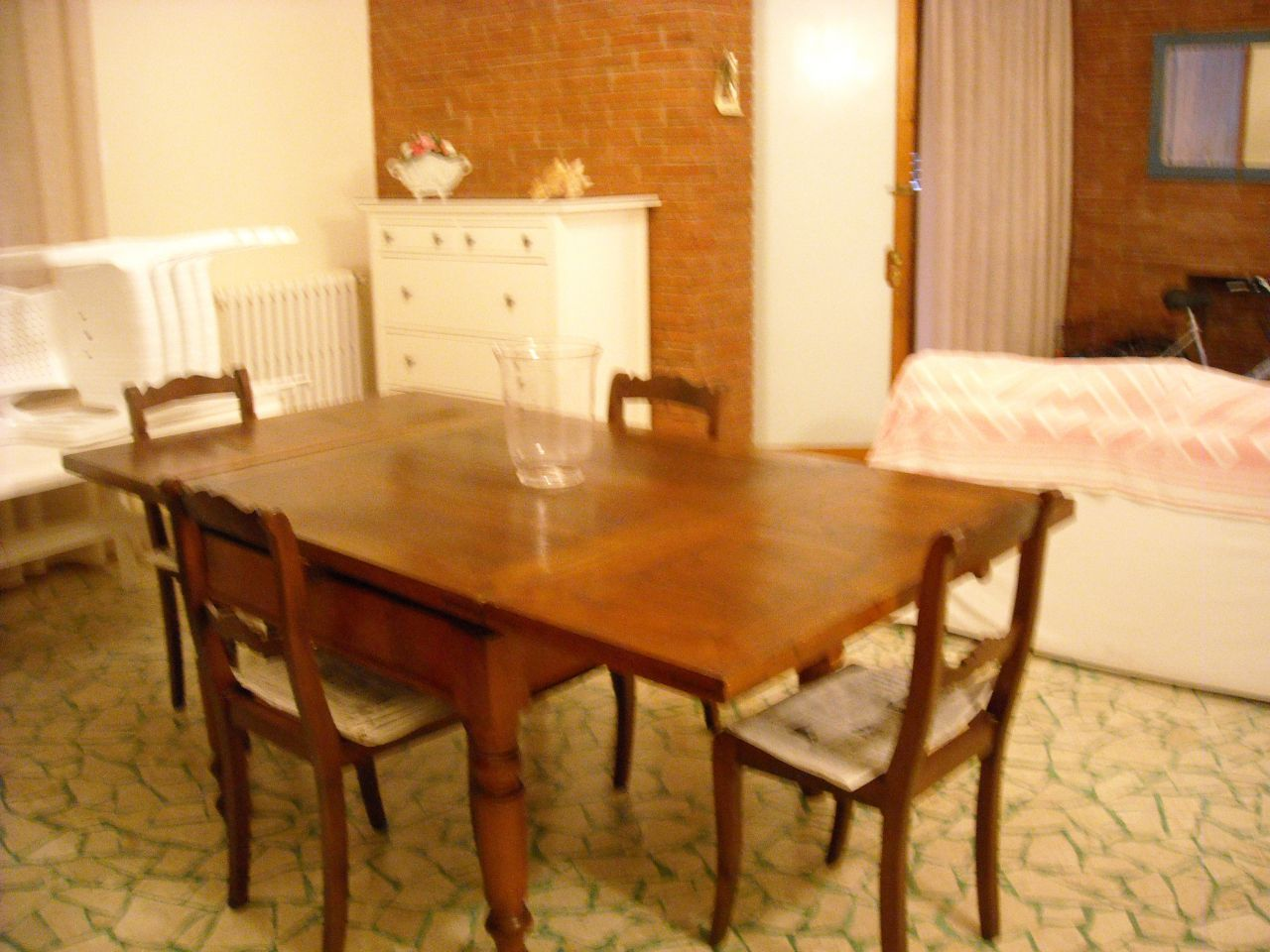 Appartamento in buone condizioni arredato in affitto Rif. 5624558
