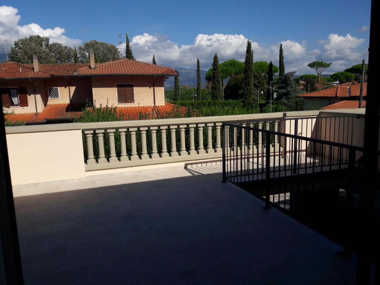 Villa a schiera in Vendita PIETRASANTA