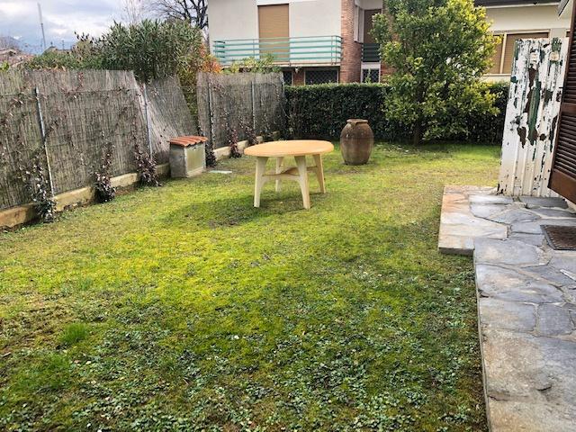Villa bifamiliare FORTE DEI MARMI 2997