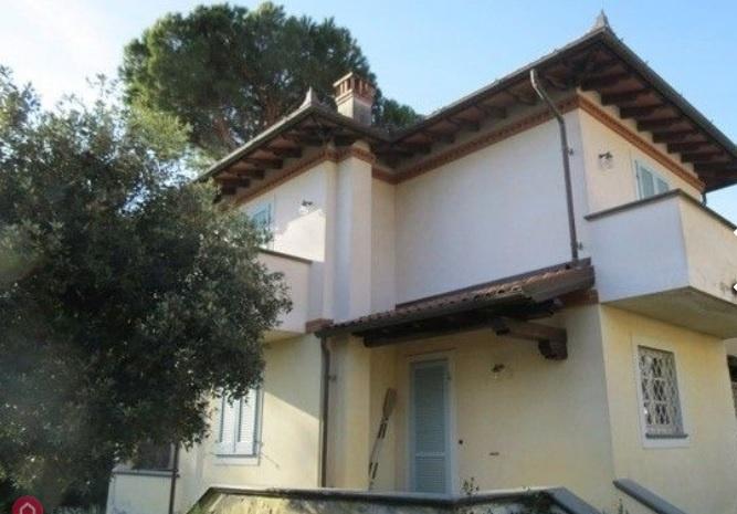 Villa bifamiliare FORTE DEI MARMI 28