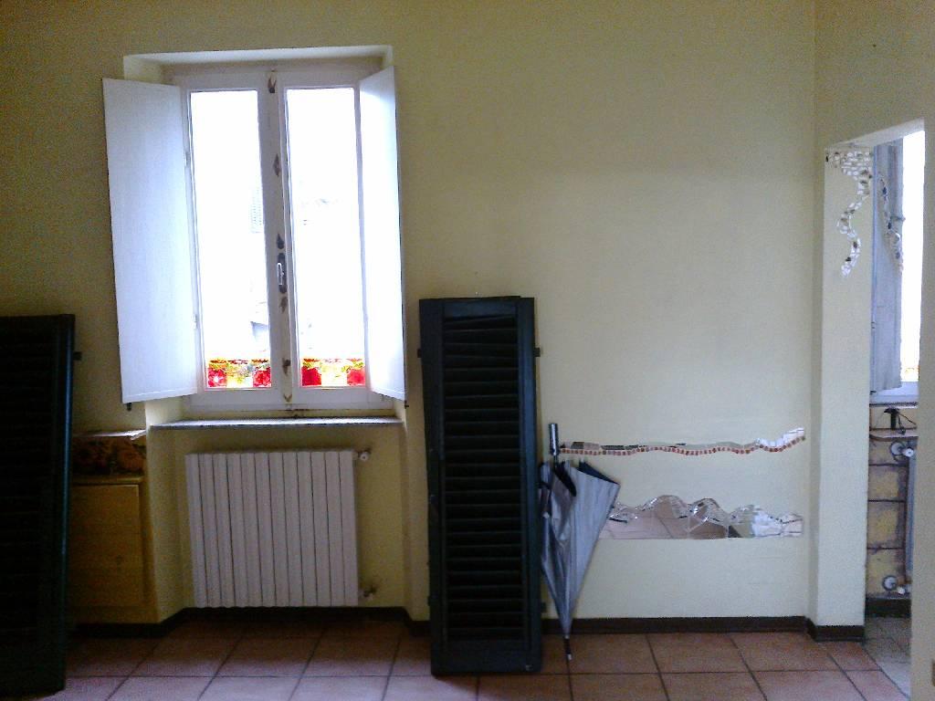 Bilocale Pescia Via Prov. Lucchese 2