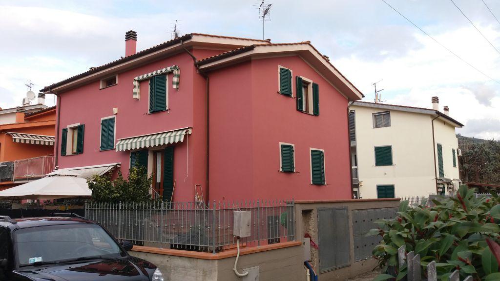 Casa Indipendente in ottime condizioni in vendita Rif. 4764097
