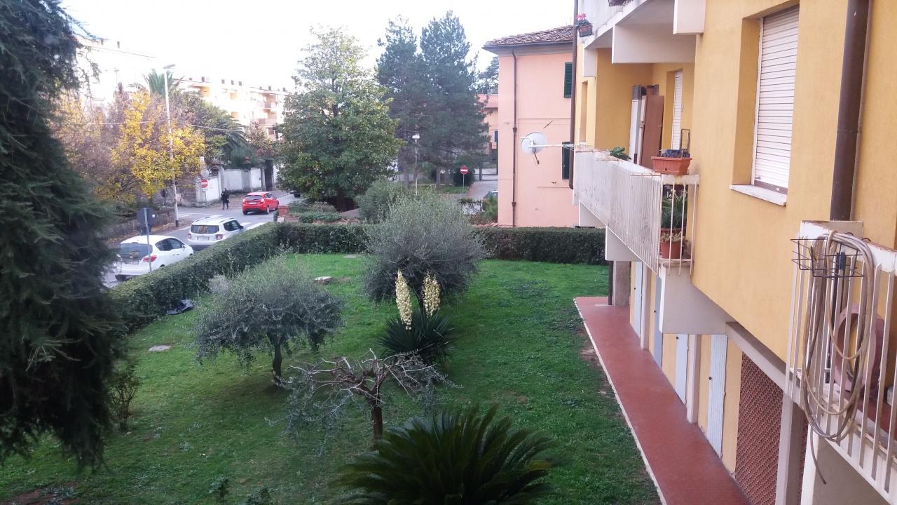 Appartamento 6 locali in vendita a Pescia (PT)