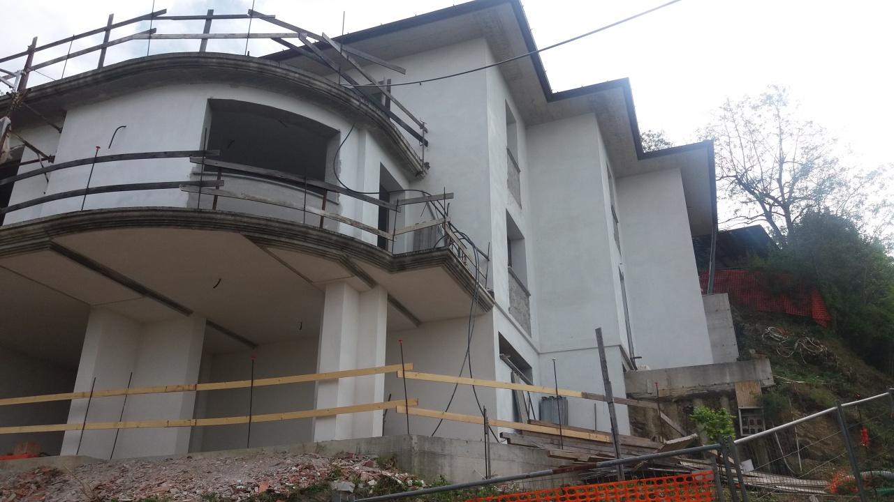Casa semi indipendente in vendita a Pescia (PT)