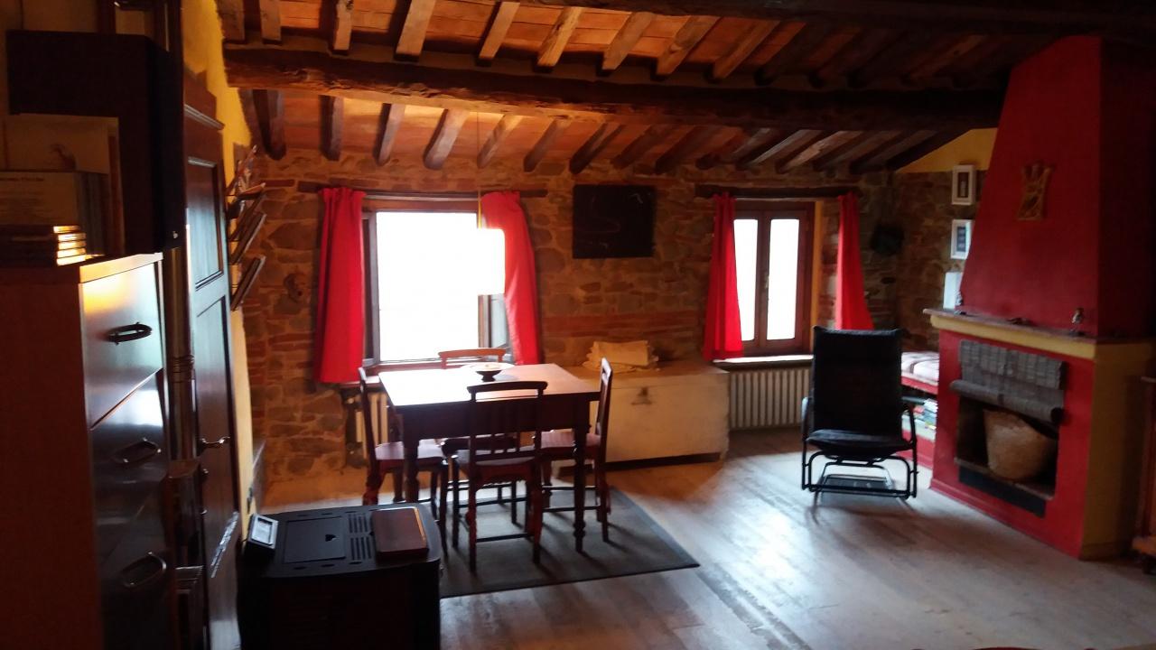 Casa Indipendente ristrutturato in vendita Rif. 8615595