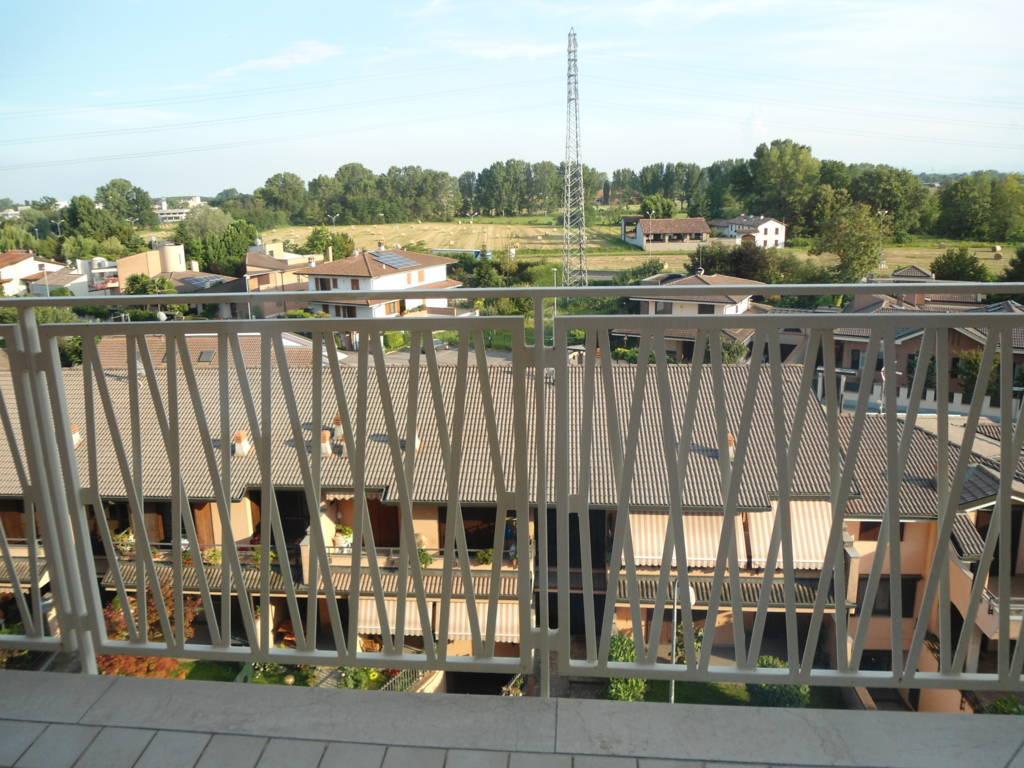 VENDITA              Appartamento LODI 3 82 M� 240.000 €