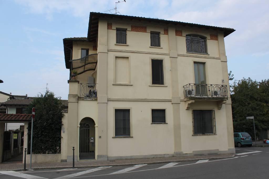 VENDITA              Appartamento PIEVE FISSIRAGA 2 65 M� 119.000 €