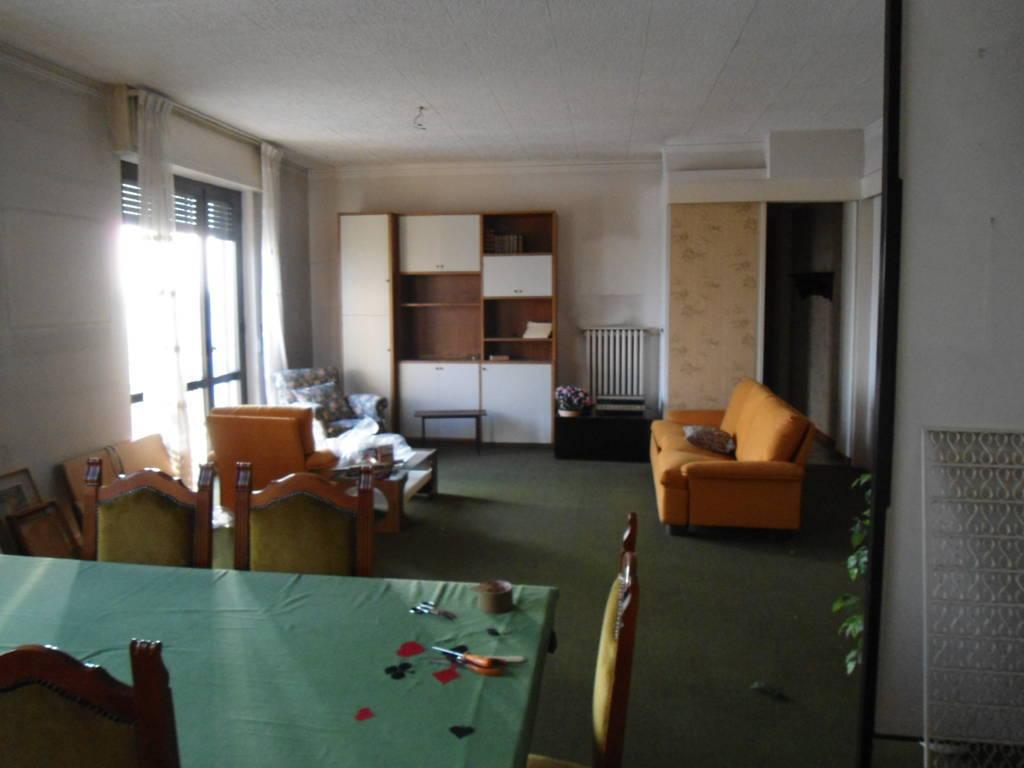 Vendita Appartamento Lodi 3 120 M� 175.000 €