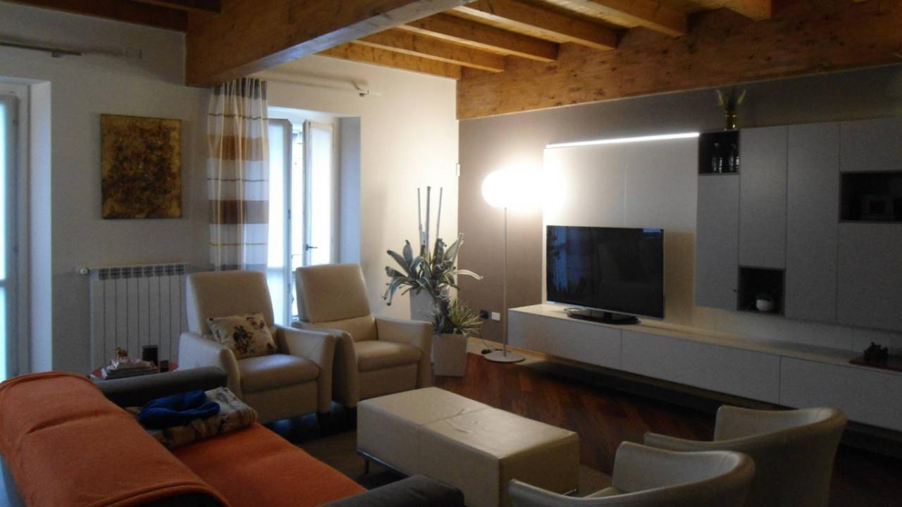 Appartamento quadrilocale in vendita a Lodi (LO)