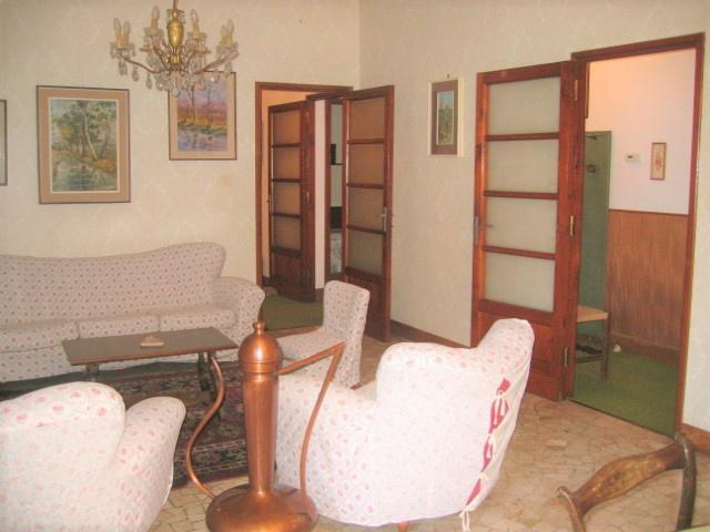 Appartamento in vendita a Lodi, 4 locali, prezzo € 172.000 | PortaleAgenzieImmobiliari.it