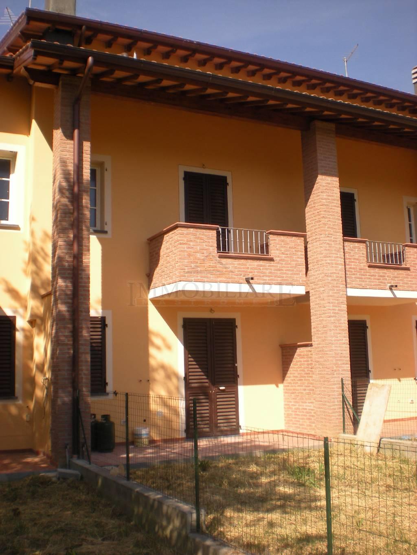 Villa a schiera ALTOPASCIO 645/B