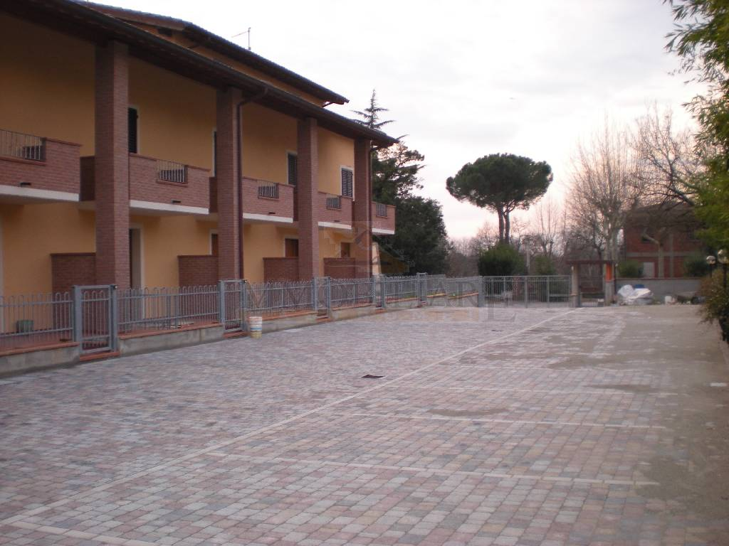 Villa a schiera ALTOPASCIO 645/C