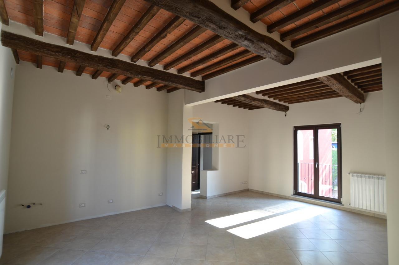 Appartamento in vendita a Santa Croce sull'Arno, 4 locali, prezzo € 155.000   CambioCasa.it
