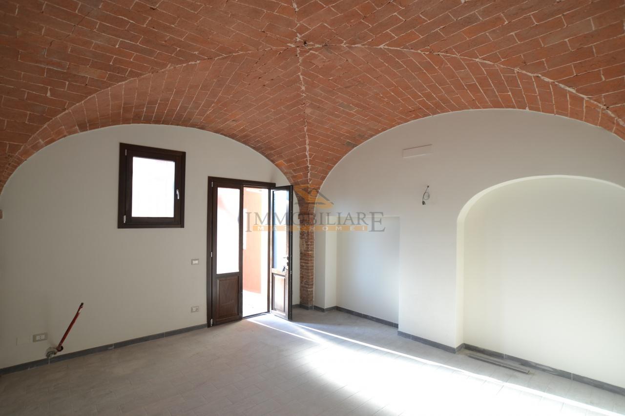 Appartamento in vendita a Santa Croce sull'Arno, 4 locali, prezzo € 135.000   CambioCasa.it