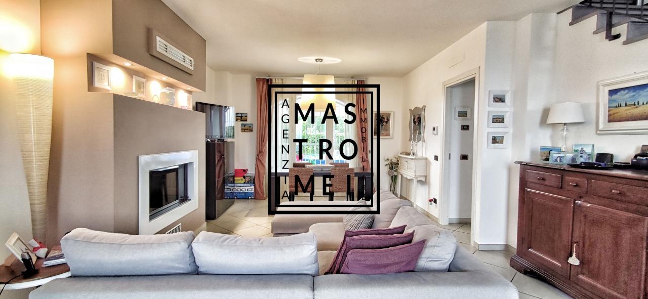 Vendita Villa bifamiliare ALTOPASCIO