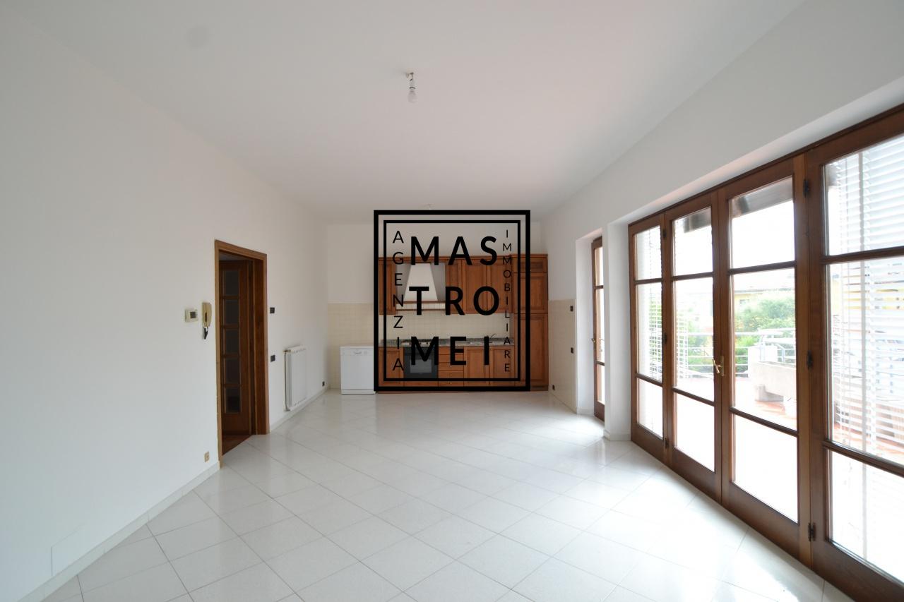 Appartamento in vendita a Chiesina Uzzanese, 5 locali, prezzo € 149.000 | PortaleAgenzieImmobiliari.it