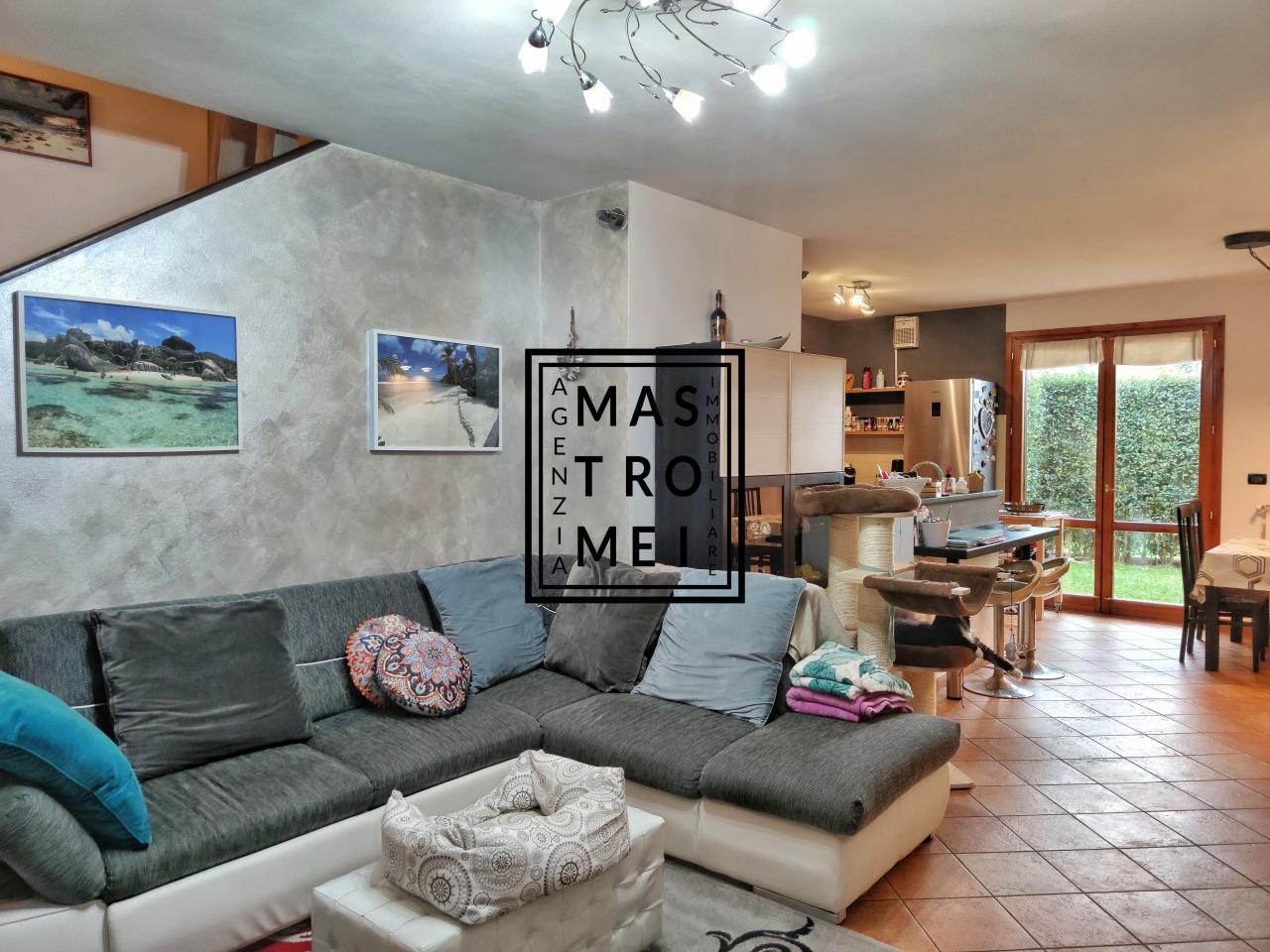 Villa a schiera ALTOPASCIO 3196