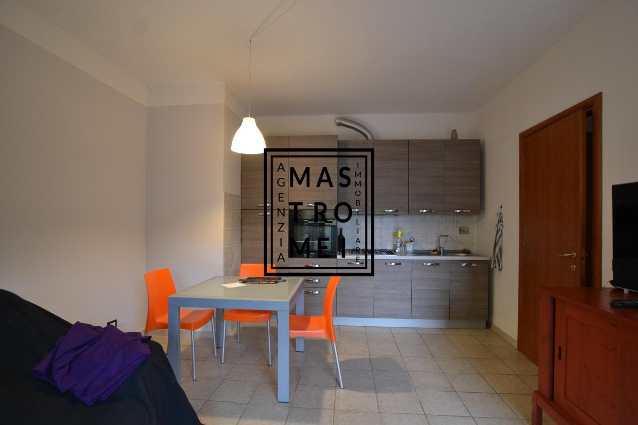 Appartamento in vendita a Pescia, 3 locali, prezzo € 89.000 | CambioCasa.it