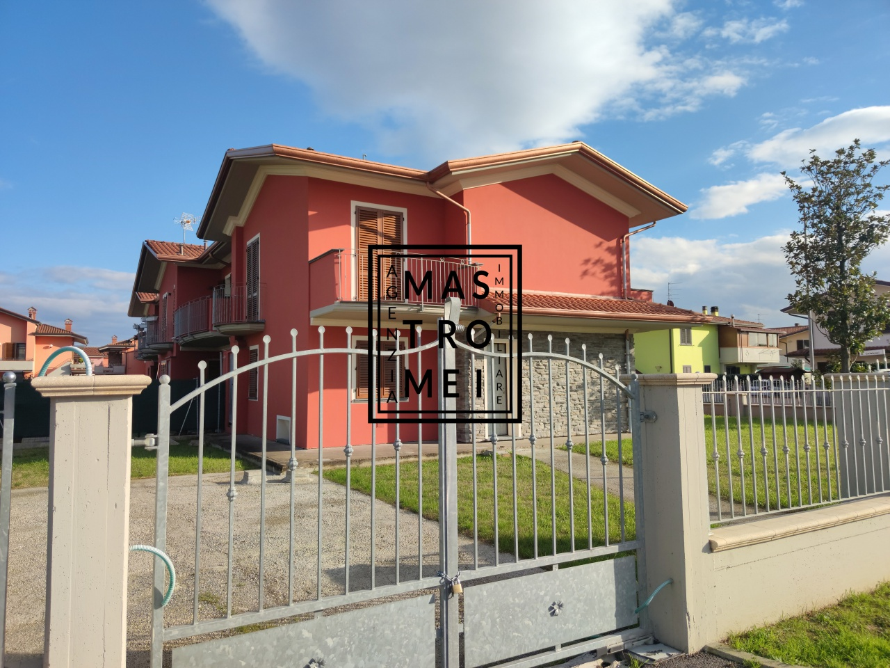 Villa a schiera ALTOPASCIO 3232
