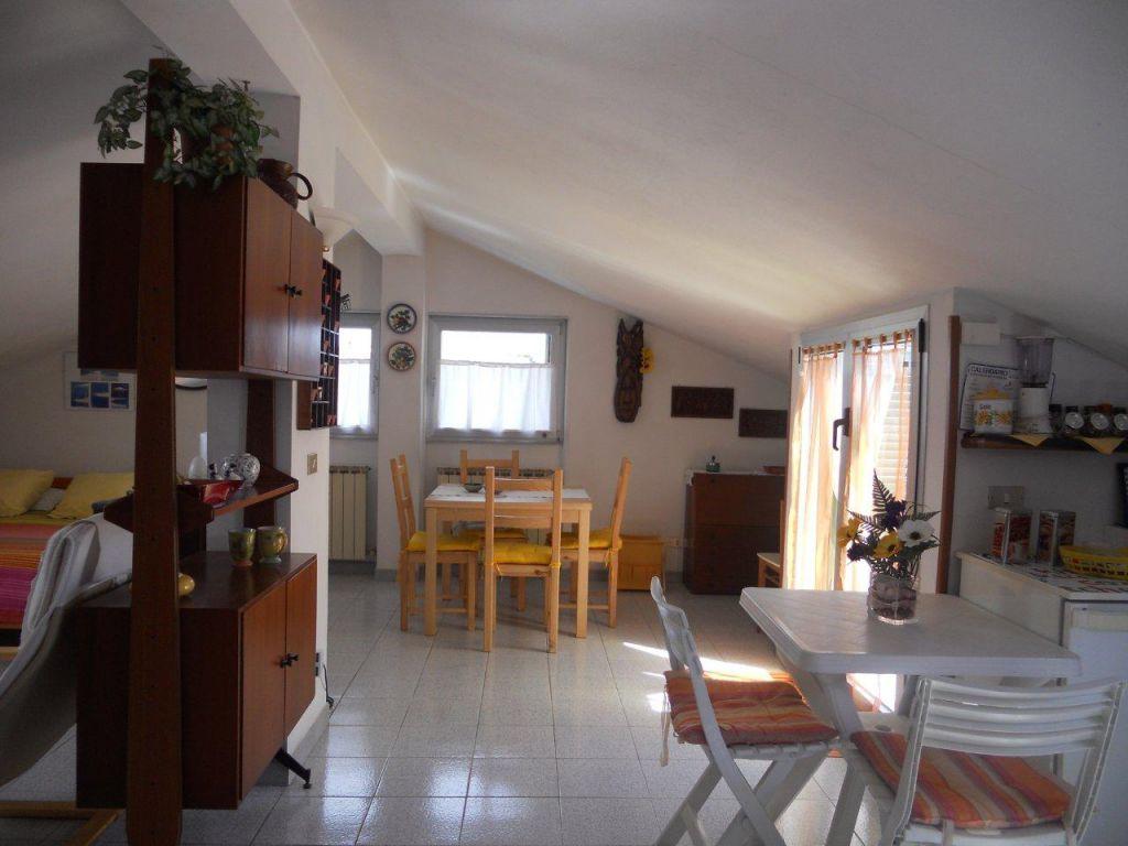 Bilocale Sestri Levante Via Toscana 1