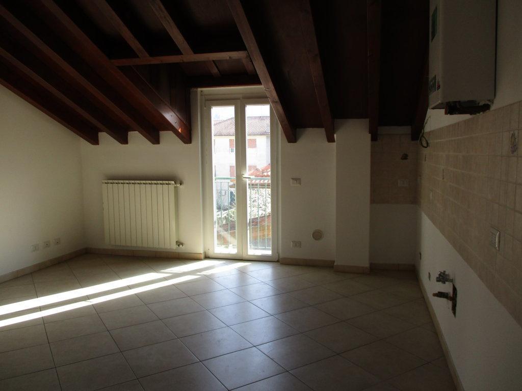 Appartamento in vendita Rif. 6093366