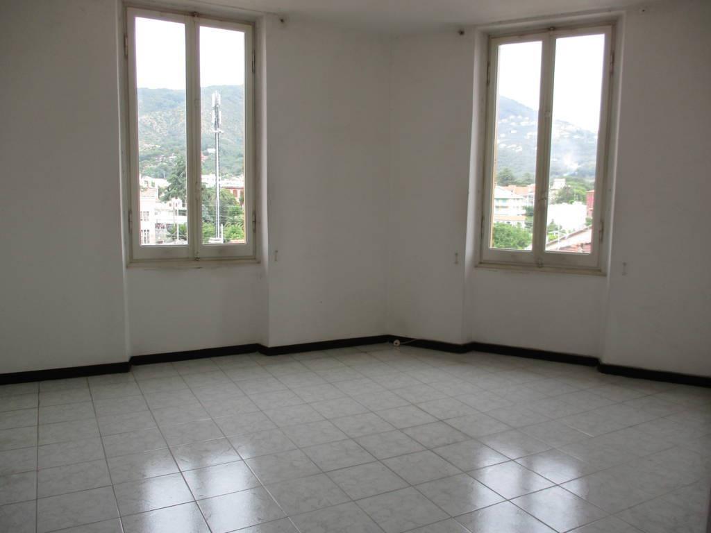 vendita appartamento sestri levante centro VIALE DANTE  175000 euro  4 locali  85 mq