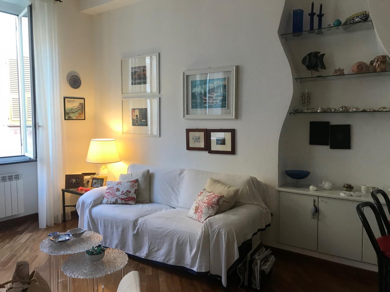 Appartamento in buone condizioni arredato in affitto Rif. 8219669