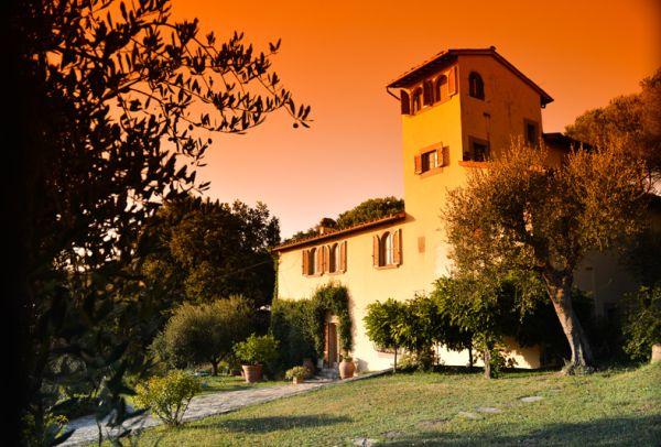 Villa in affitto a Firenze, 10 locali, Trattative riservate | CambioCasa.it