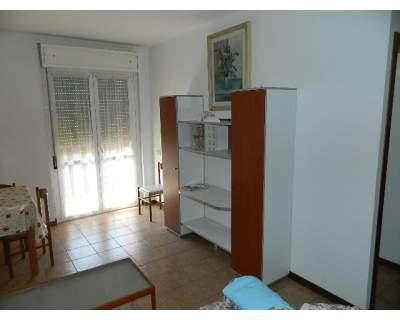Appartamento in affitto a Massa, 4 locali, prezzo € 750 | CambioCasa.it