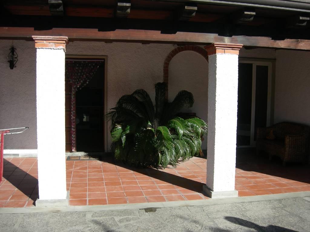Appartamento in affitto a Massa, 3 locali, prezzo € 600 | CambioCasa.it