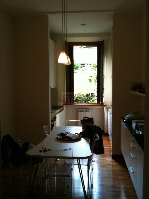 affitto appartamento milano genova / solari / washing  1200 euro  80 mq