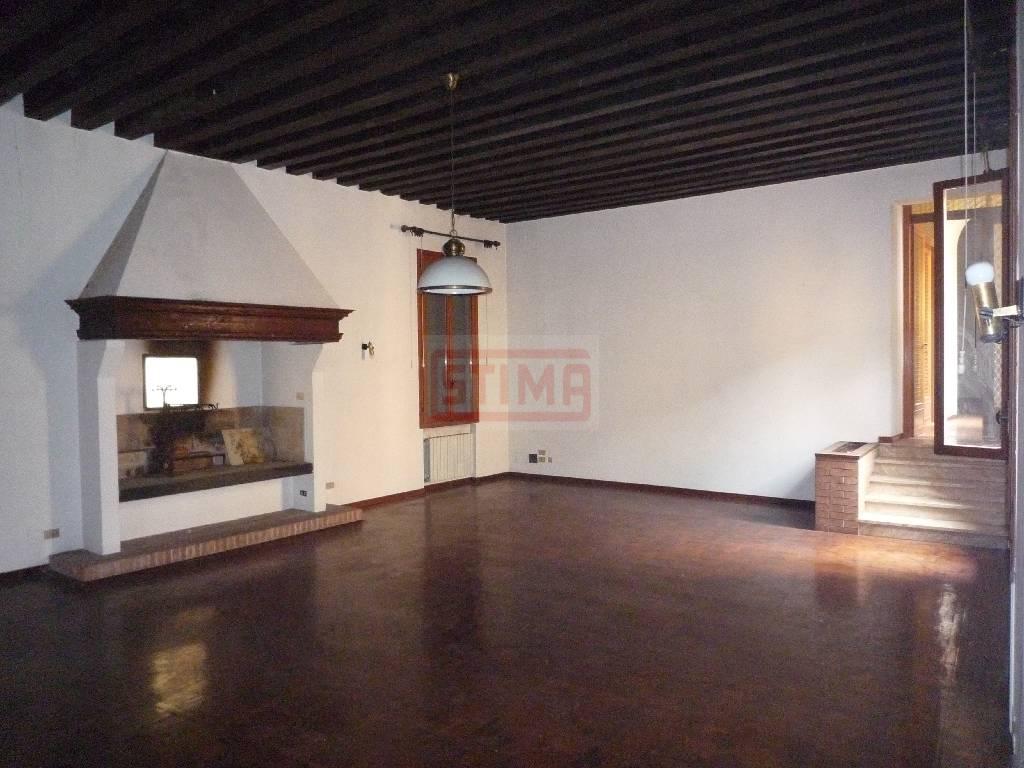 vendita appartamento treviso centro storico  520000 euro  5 locali  200 mq