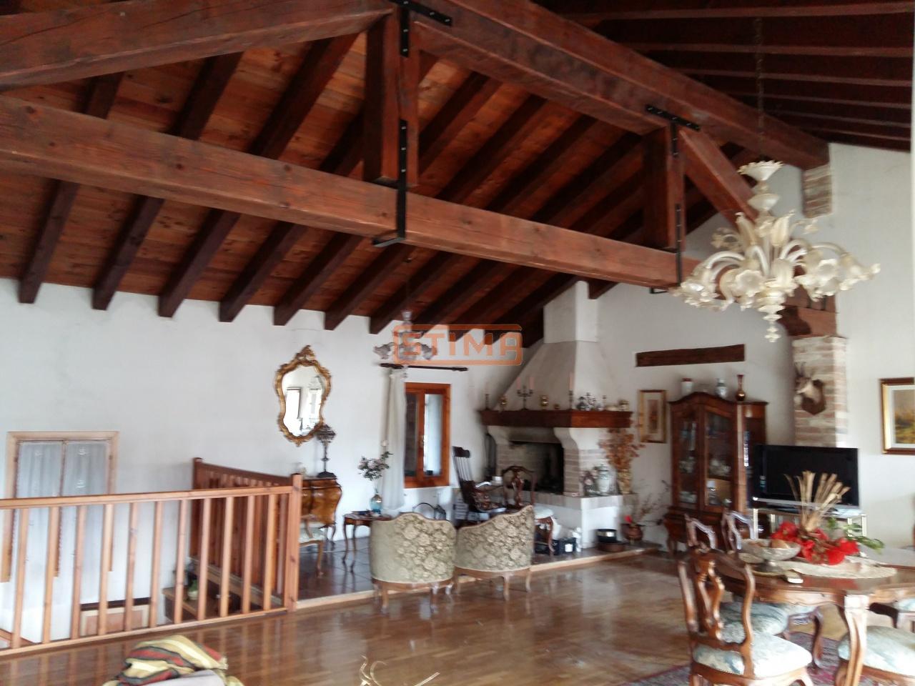 Soluzione Indipendente in vendita a Ponzano Veneto, 9999 locali, prezzo € 280.000 | CambioCasa.it