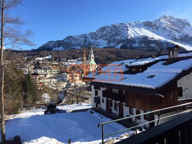 Appartamento in vendita a Cortina d'Ampezzo, 4 locali, prezzo € 1.080.000 | PortaleAgenzieImmobiliari.it