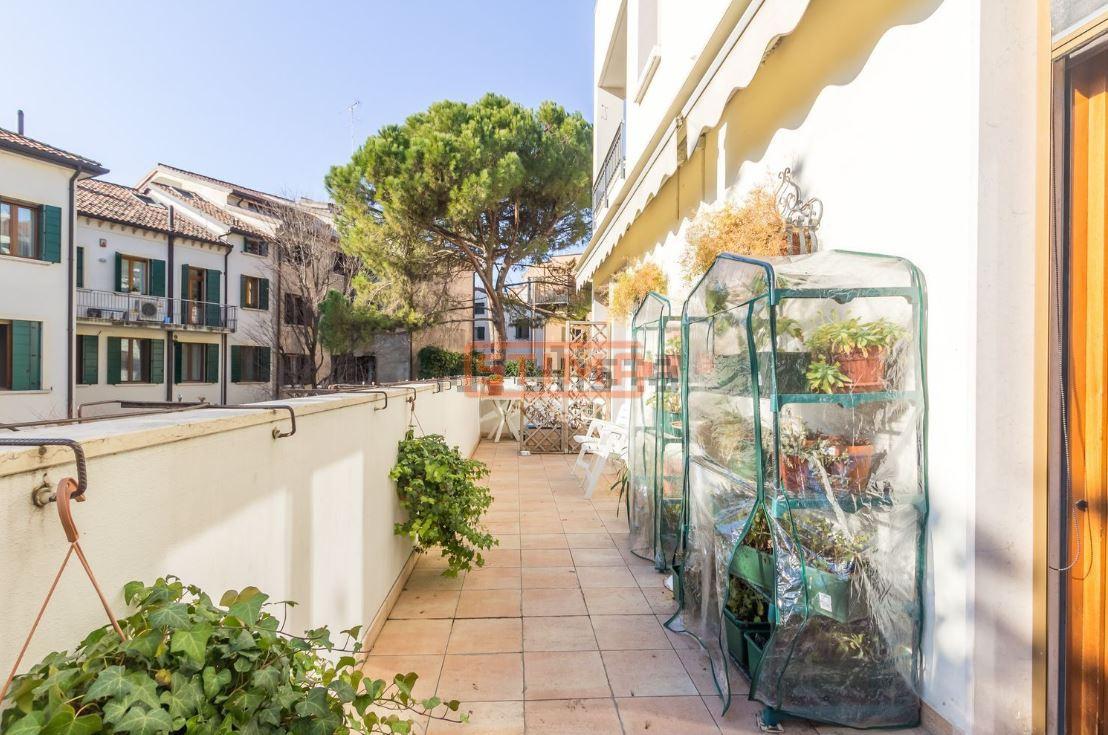 Appartamento in vendita a Treviso, 5 locali, prezzo € 579.000   PortaleAgenzieImmobiliari.it