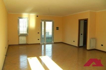 Villa a Schiera in affitto a Corzano, 5 locali, prezzo € 450   CambioCasa.it