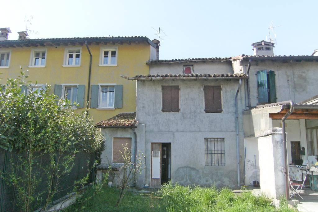 Rustico / Casale in vendita a Barbariga, 8 locali, prezzo € 55.000   CambioCasa.it