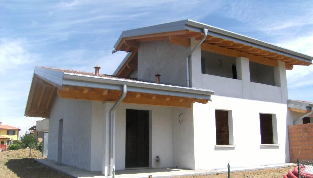 Soluzione Indipendente in vendita a Dello, 5 locali, prezzo € 265.000 | CambioCasa.it